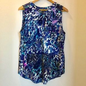 Just IN! NYDJ Sleeveless Reptile Glass Blouse NWT